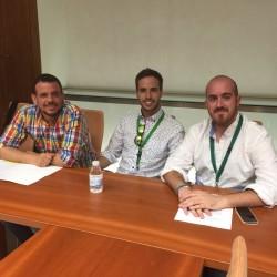 JSA mantiene un encuentro con colectivos LGTB en el Parlamento de Andalucía